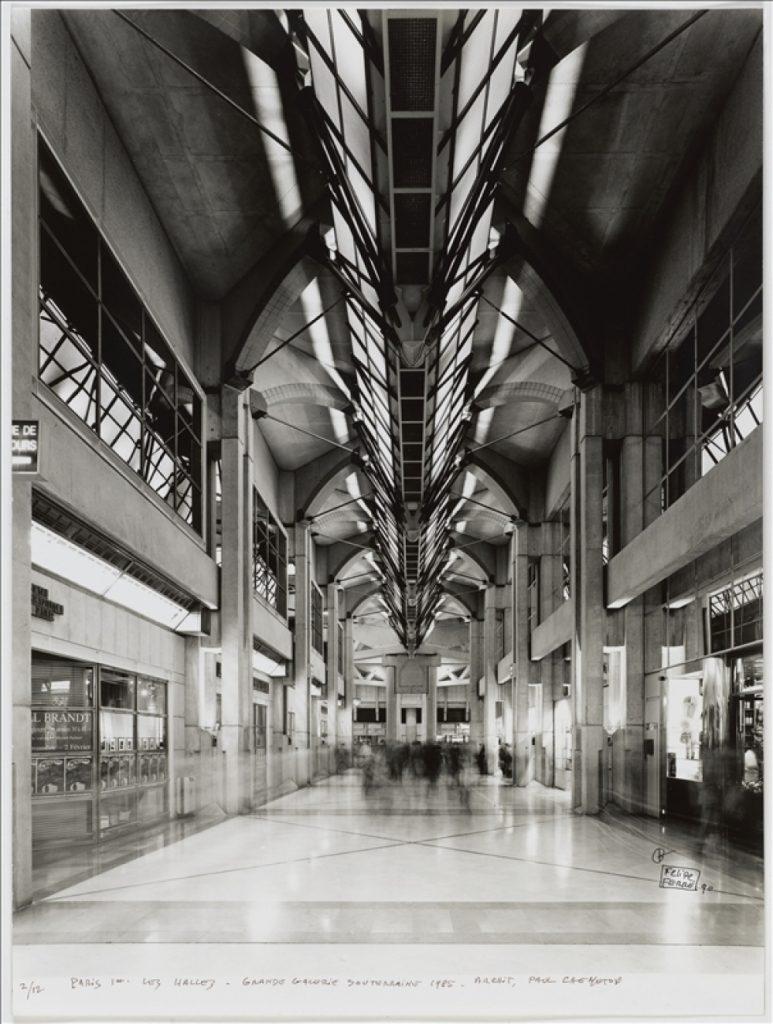 La grande galerie souterraine du Forum des Halles, 1985